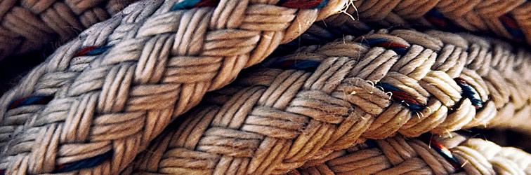Cordón de tres dobleces