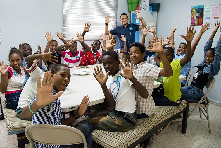 Escuela Bíblica para niños / PezMundial